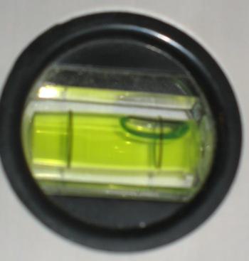 установка кондиционеров, уровень наклона ВБ